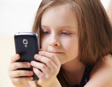 Какой телефон выбрать ребёнку?