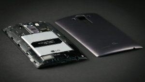 Лучшие смартфоны со съемным аккумулятором 2017 года