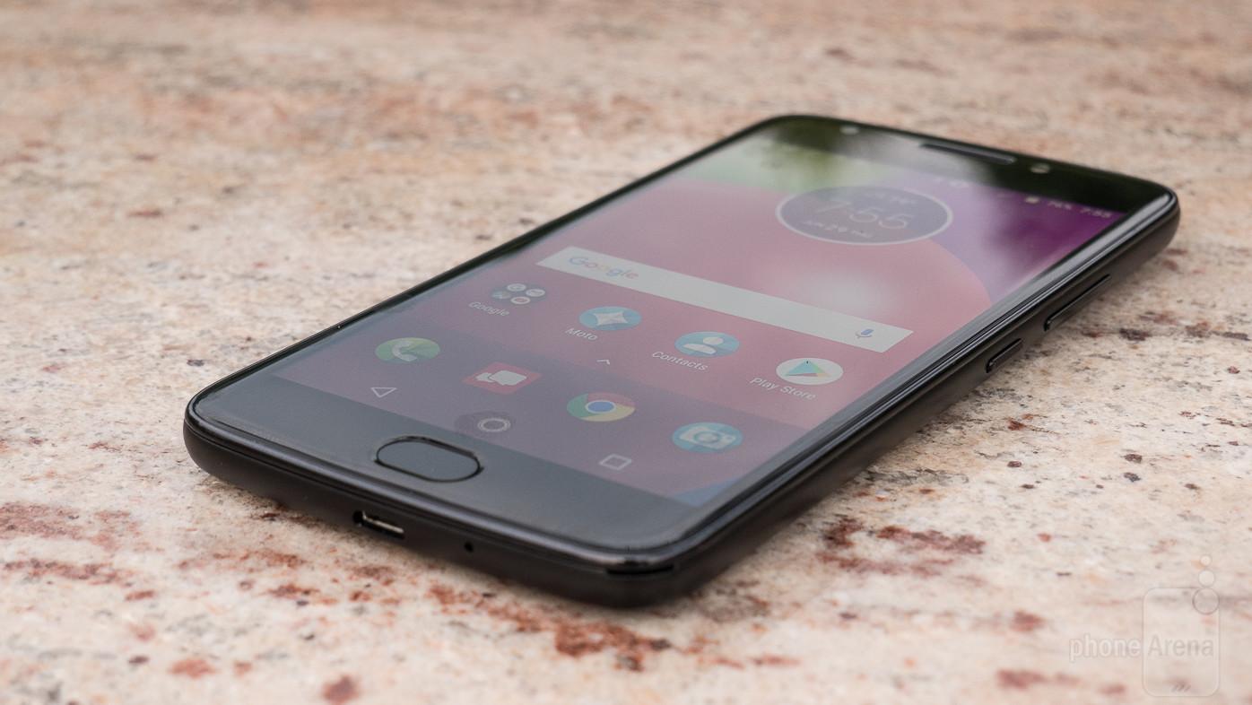 https://i-cdn.phonearena.com/images/reviews/207536-image/Motorola-Moto-E4-Review-023-des.jpg