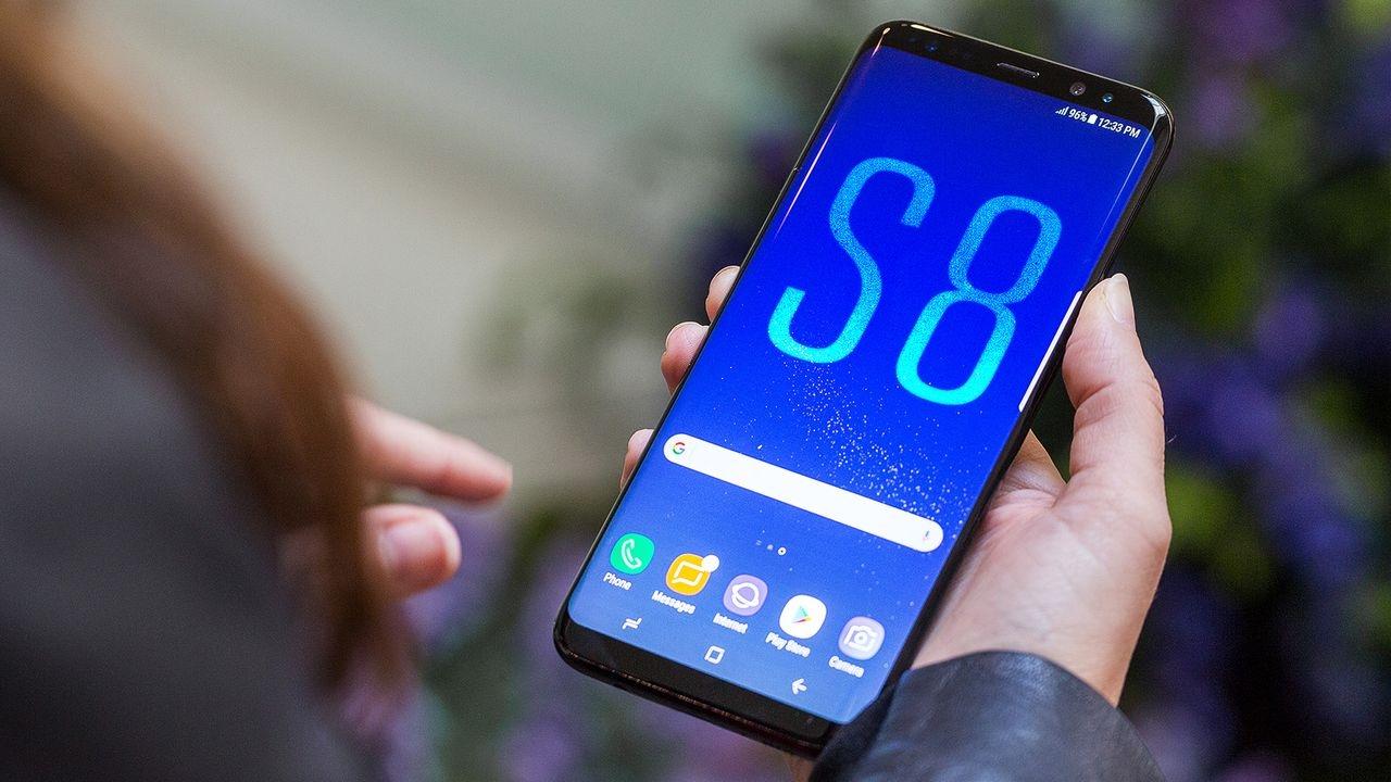Цены на смартфоны на новый год