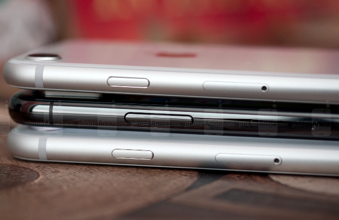 The iPhone 9 may sport the aluminum frame of the 8 and 8 Plus to keep costs down, while the Xs/Plus would keep the stainless steel band