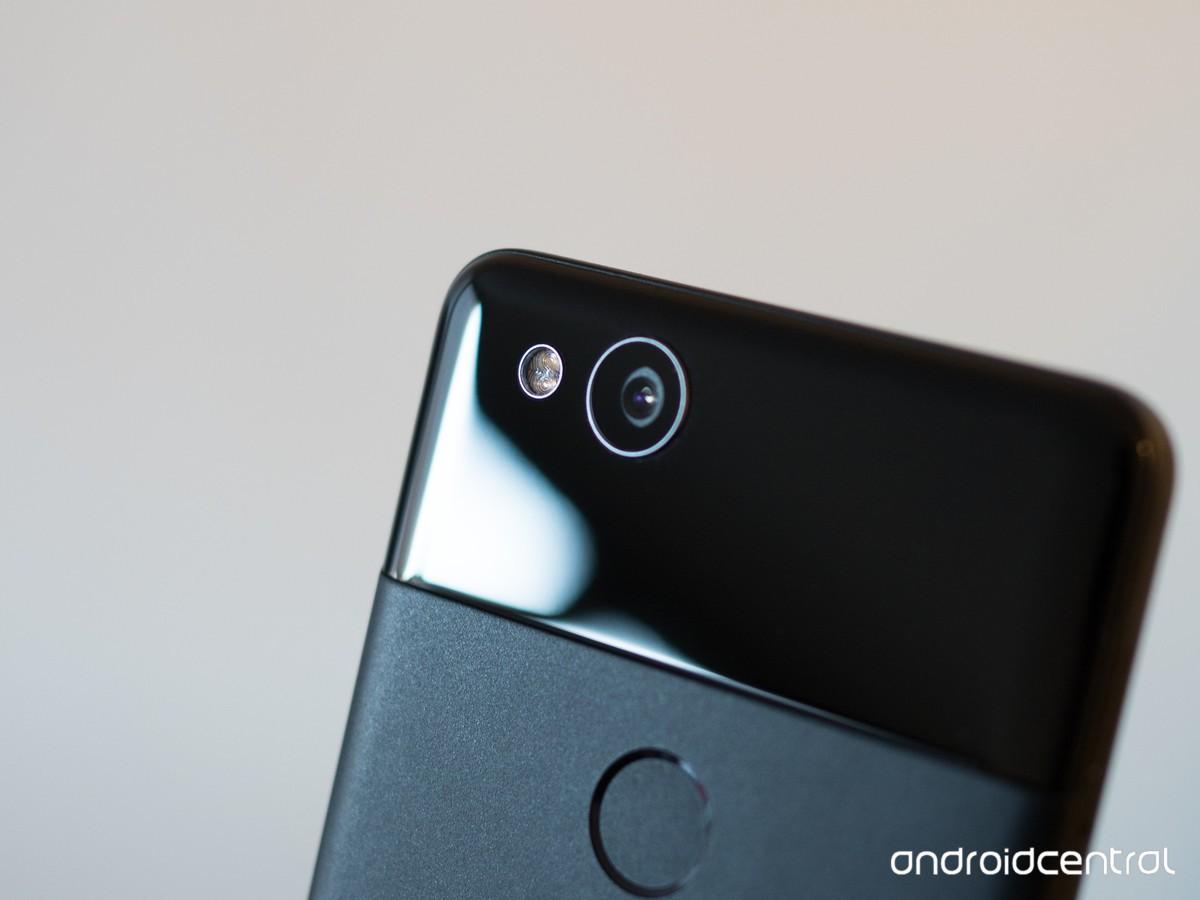 Google Pixel 2 camera lens