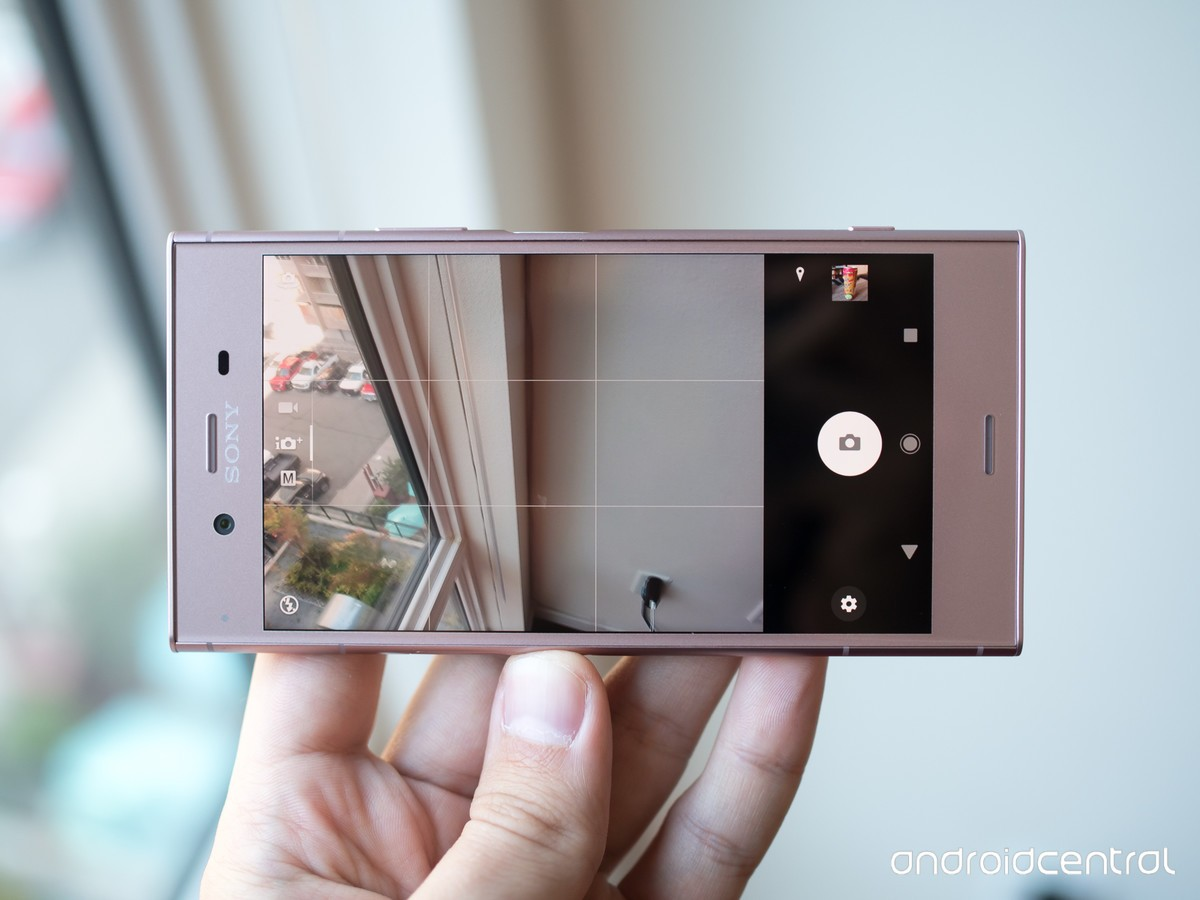 Sony Xperia XZ1 camera interface