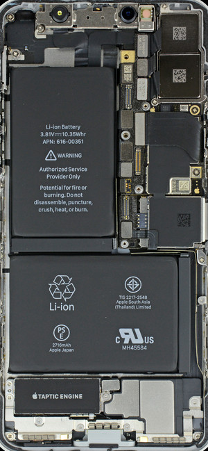 The L-shaped batteries of the Xs and Xs Plus will likely still be 2-cell, with a separator