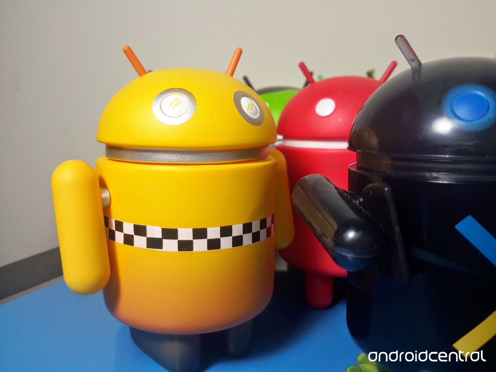 https://www.androidcentral.com/sites/androidcentral.com/files/styles/xlarge_wm_brw/public/article_images/2016/08/Android-figures.jpg?itok=JOwVsINE