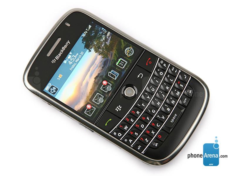 https://i-cdn.phonearena.com/images/phones/15303-large/BlackBerry-Bold-9000-5.jpg