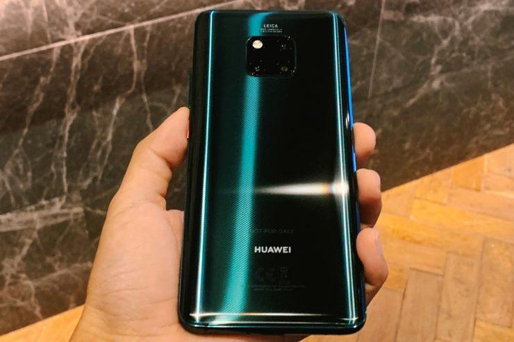Картинки по запросу Huawei Mate 20 Pro зеленый