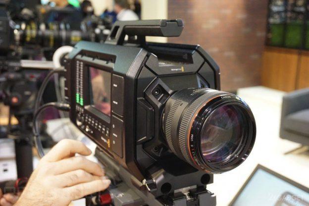 Картинки по запросу профессиональная видеокамера