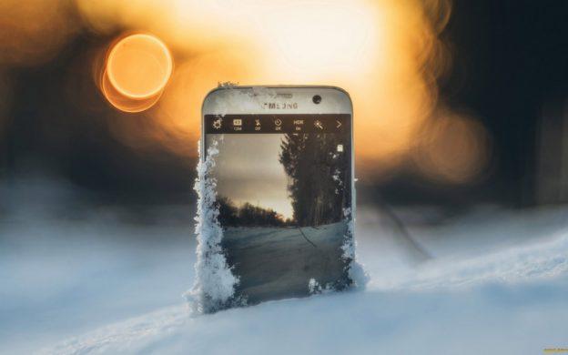 Картинки по запросу смартфон на морозе