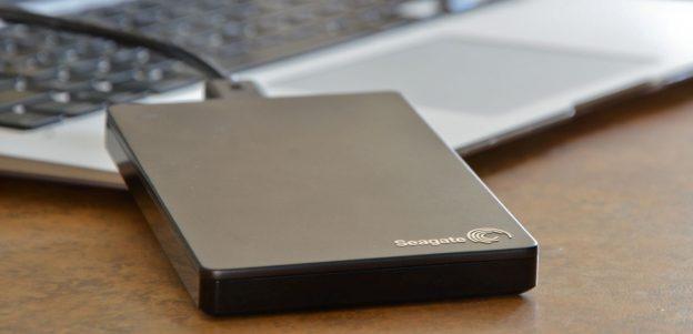 Разбираемся как выбрать внешний жёсткий диск и внутренний: каким ...