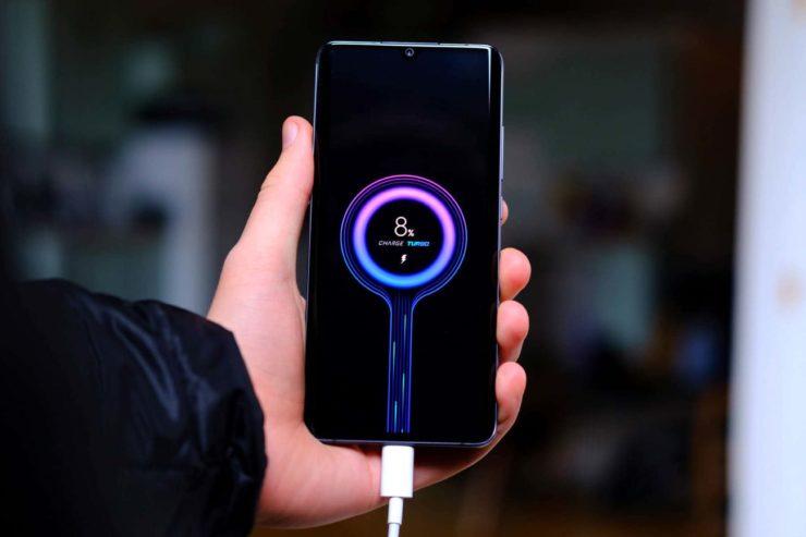 Xiaomi создала быструю зарядку 100 Вт, заряжающую любой смартфон за 15 минут