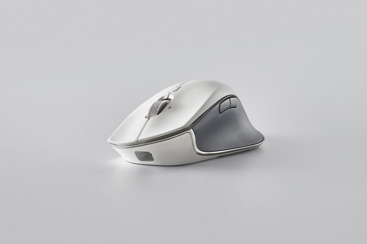 Wired/Wireless Mouse for Productivity - Razer Pro Click