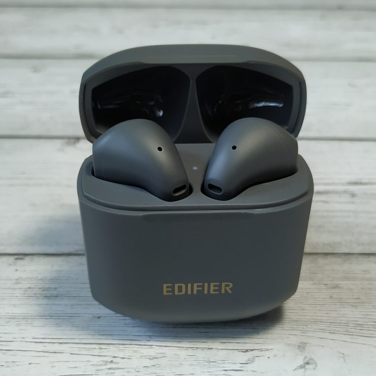 EDIFIER TWS200 Plus