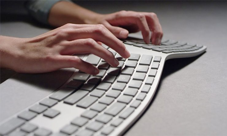 Best Wireless Ergonomic Keyboards For 2021 | For A Better Experience!