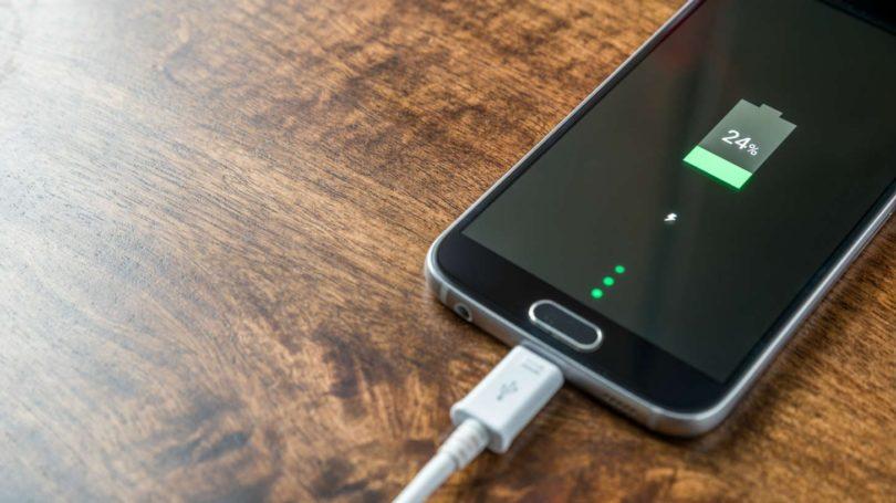 Что делать если телефон не заряжается