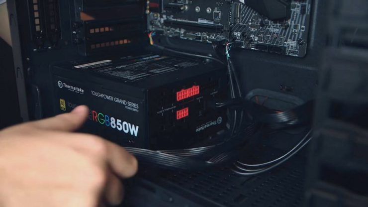 How to install a power supply | PCGamesN