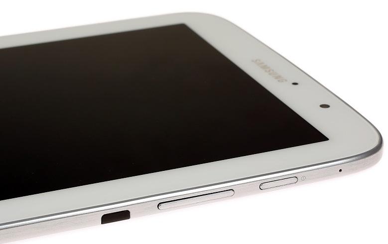 ИК-порт, кнопки питания и управления громкостью на Samsung Galaxy Note 8.0