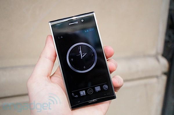 MWC 2012: Анонсирован новый смартфон Lumigon T2