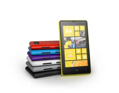 Nokia Lumia 920 и Nokia Lumia 820