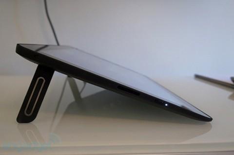 Dell XPS 18: планшет со специальной подставкой