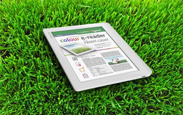 PocketBook E-Ink: вид сбоку на траве