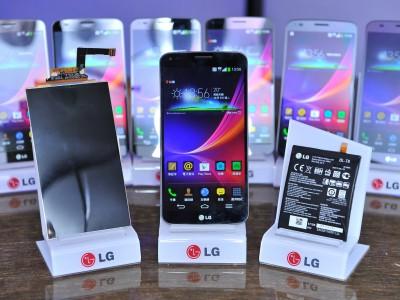 Анонс международной версии LG G Flex