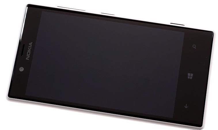 Лицевая поверхность Nokia Lumia 720