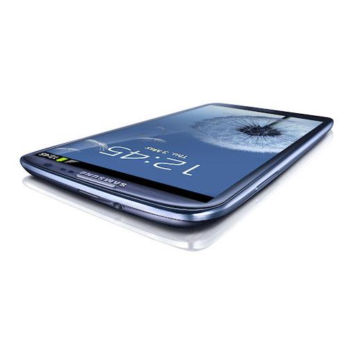 Смартфон Samsung Galaxy S III: вид сбоку